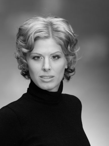 Oroszlan Szonja, Actress