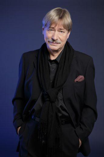 Soltesz Rezsö, Singer-Publisher