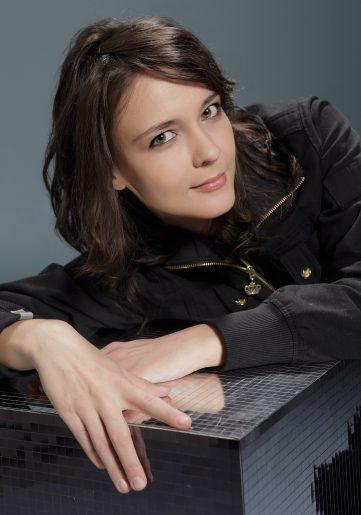 Varga Zsuzsa, Singer